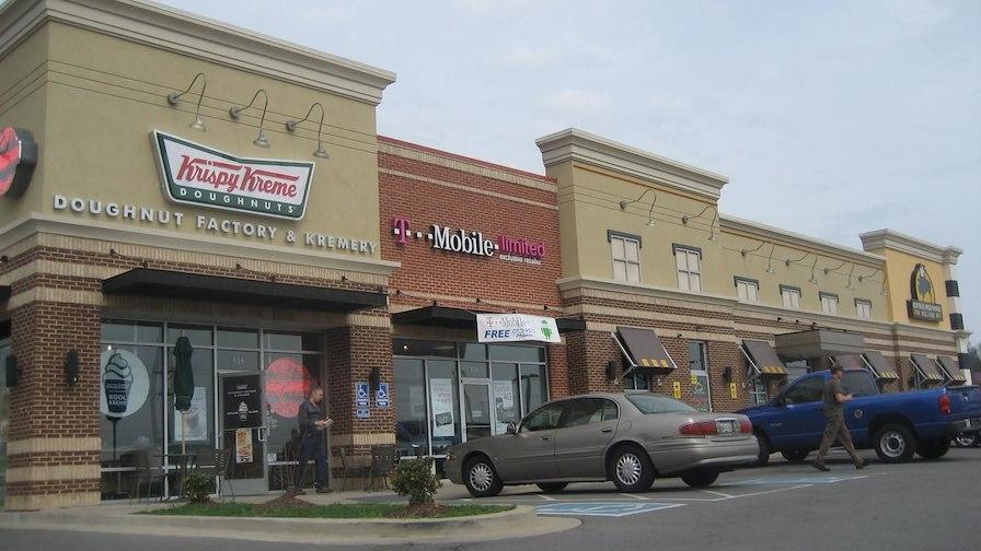 Buffalo Wild Wings Retail Center