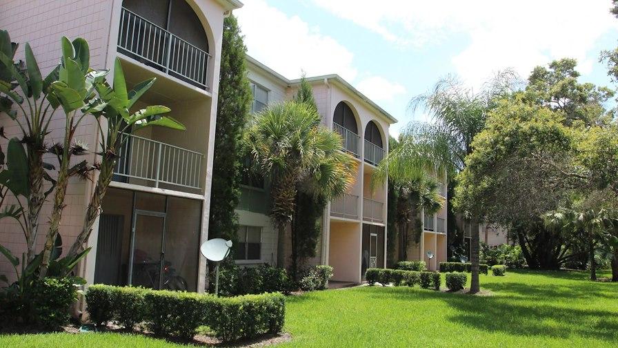Lenox Place Apartments