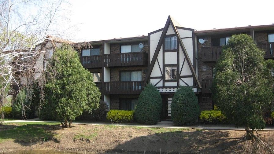 6704-6706 Cedar Lane