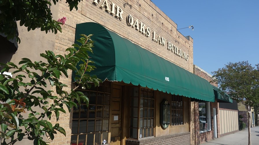 488-490 South Fair Oaks Avenue