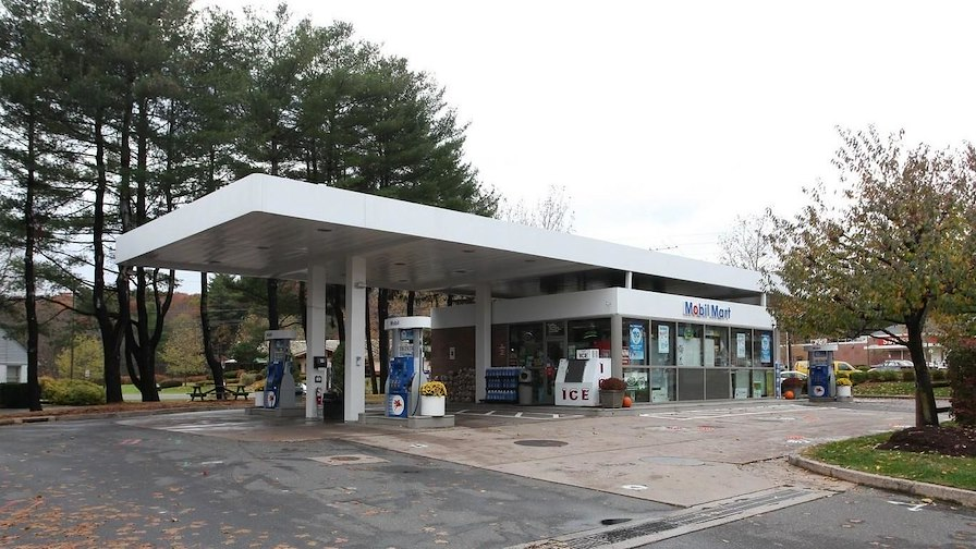 Mobil Gas and Convenience Store