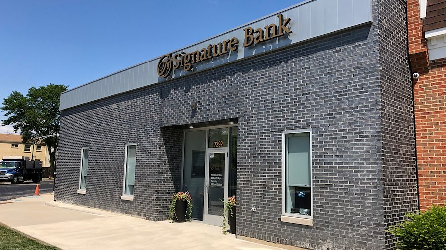 Signature Bank | $550M in Deposits