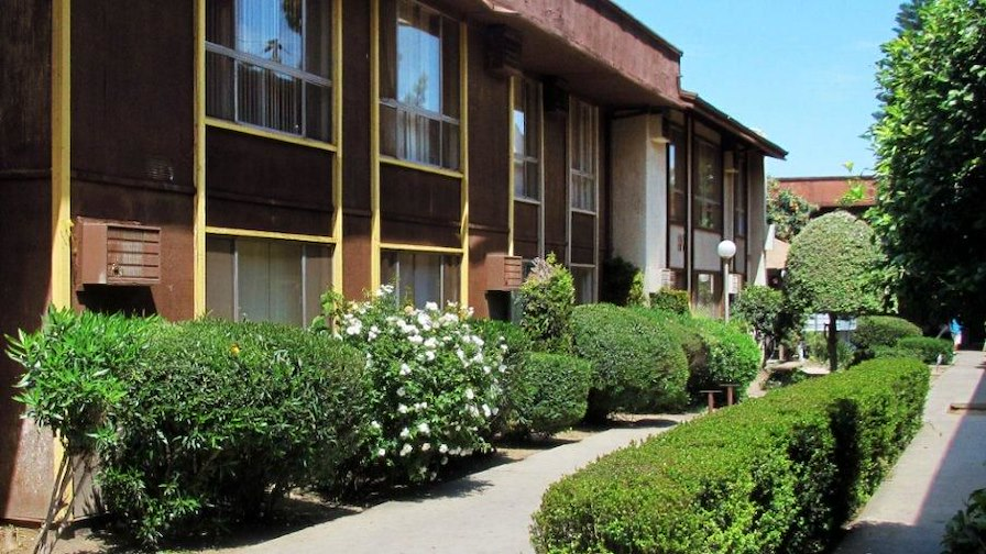 Roscoe Canoga Apartments