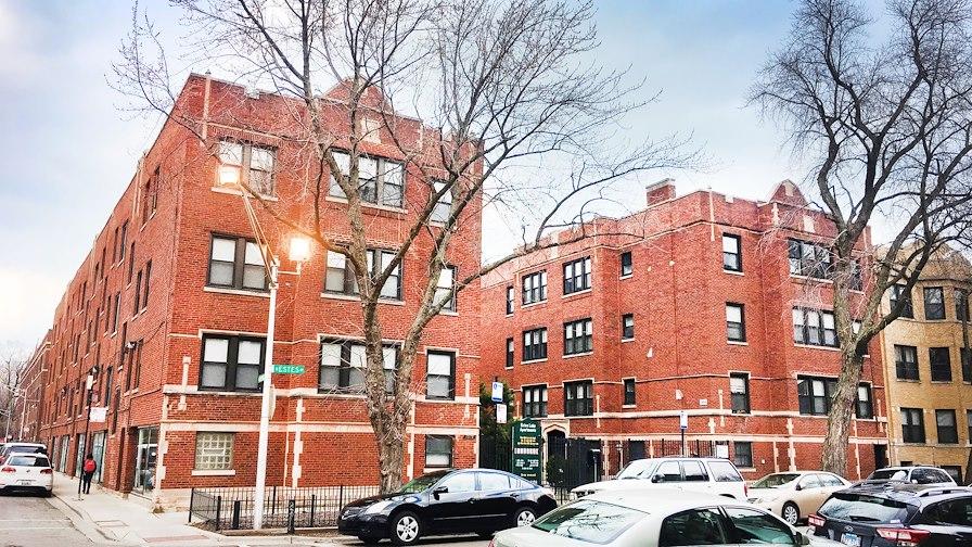 1364 W Estes Ave