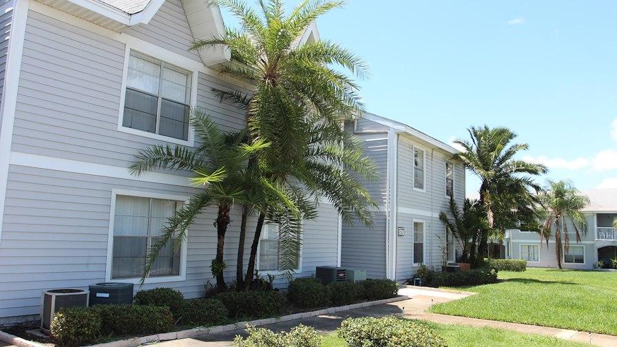 Royal Breeze Apartments