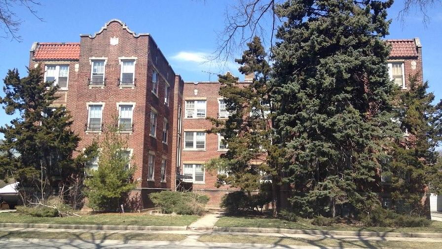 128 East Quincy Street