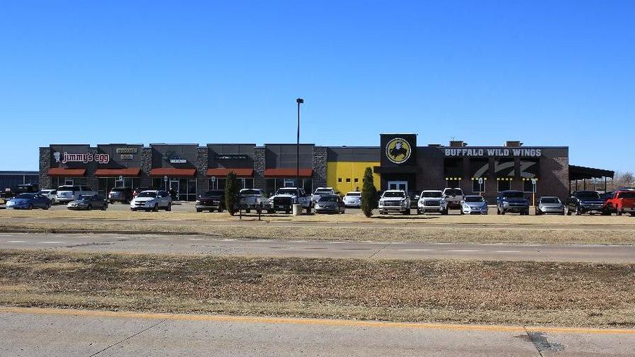 Buffalo Wild Wings Shopping Center