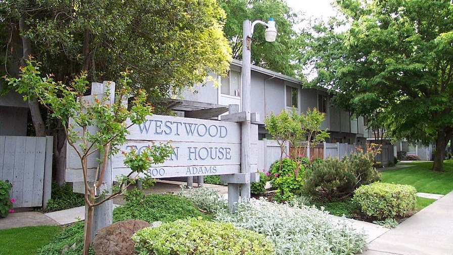 Westwood Townhouse Apartments