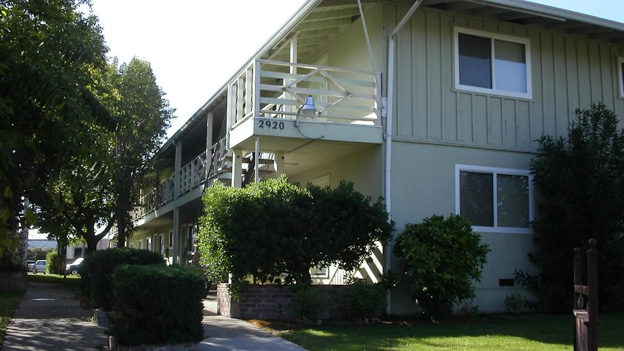 THE SIZEMORE APARTMENTS