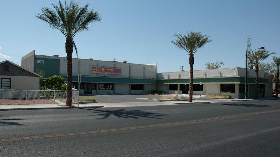 Art's District Retail