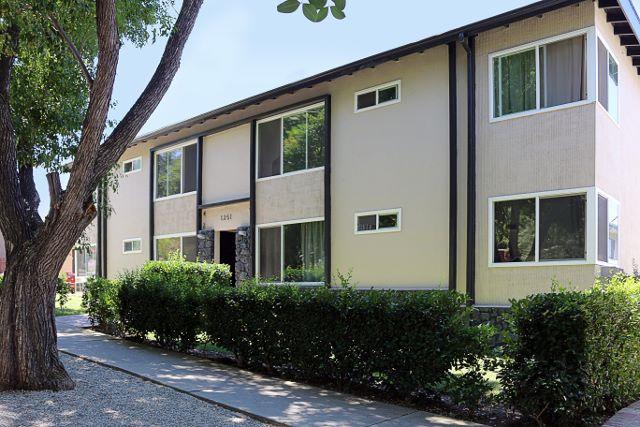 1351 Armadale Avenue