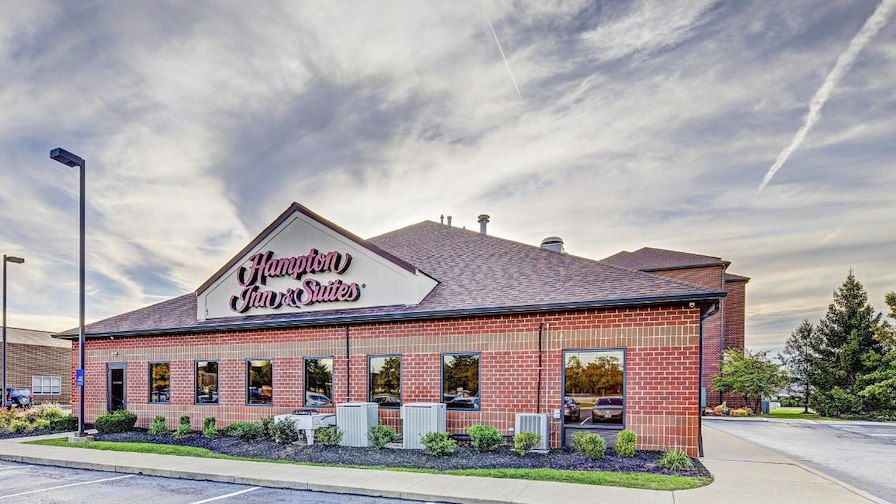 Hampton Inn & Suites Cleveland Airport Middleburg