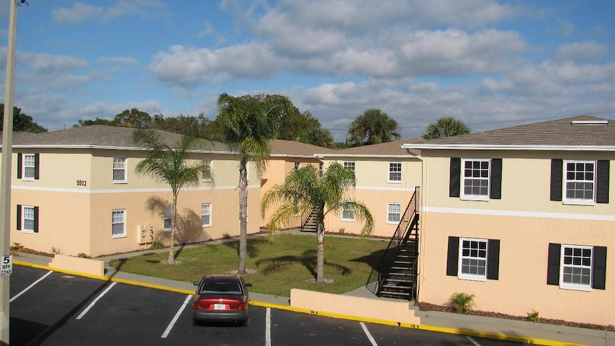 Dale Mabry Palms Apartments