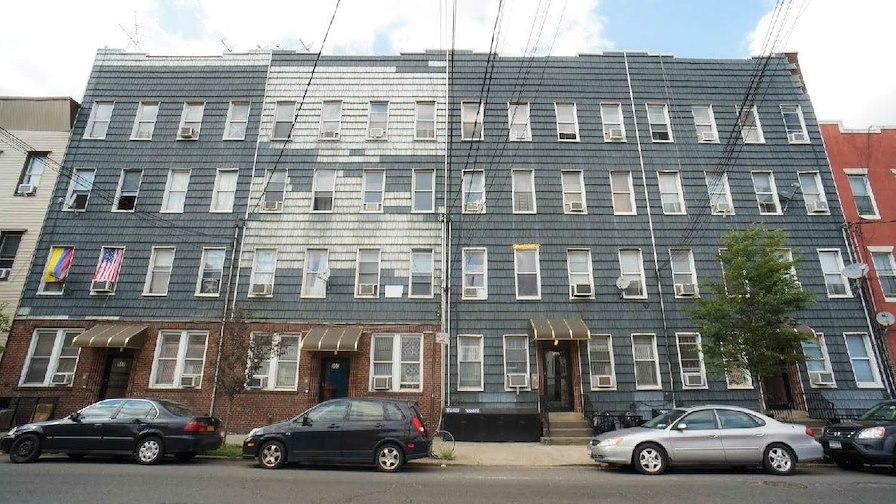 949-959 Metropolitan Avenue