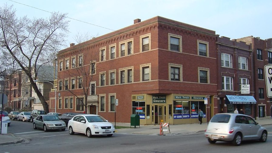 3607 North Lakewood Avenue