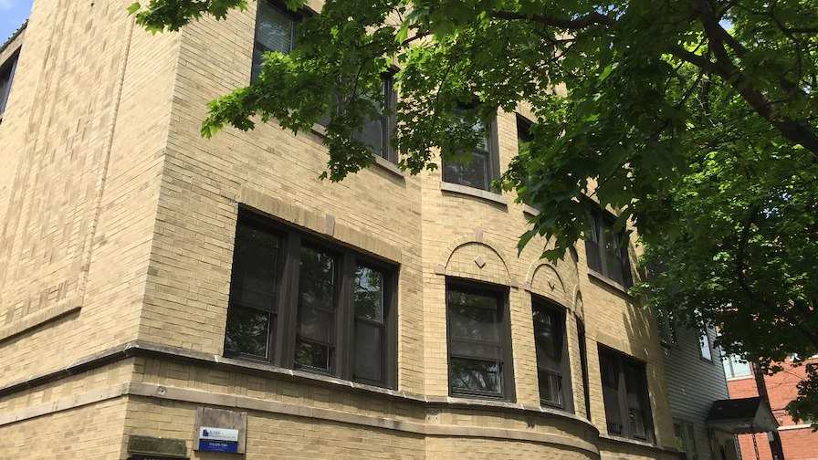 3138 North Seminary Avenue