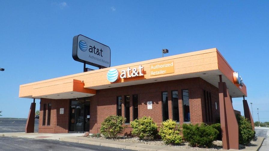 AT&T - NNN Lease