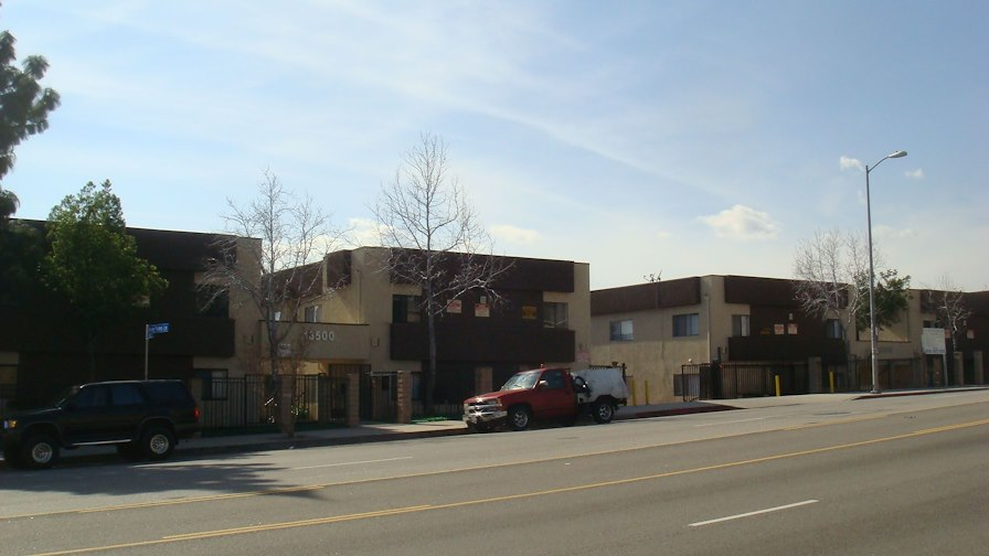 Foothill Glen Apartments