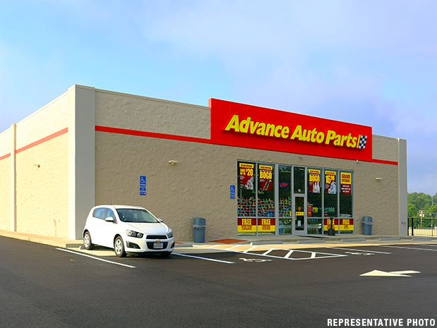 New 15-Yr. Advance Auto Parts