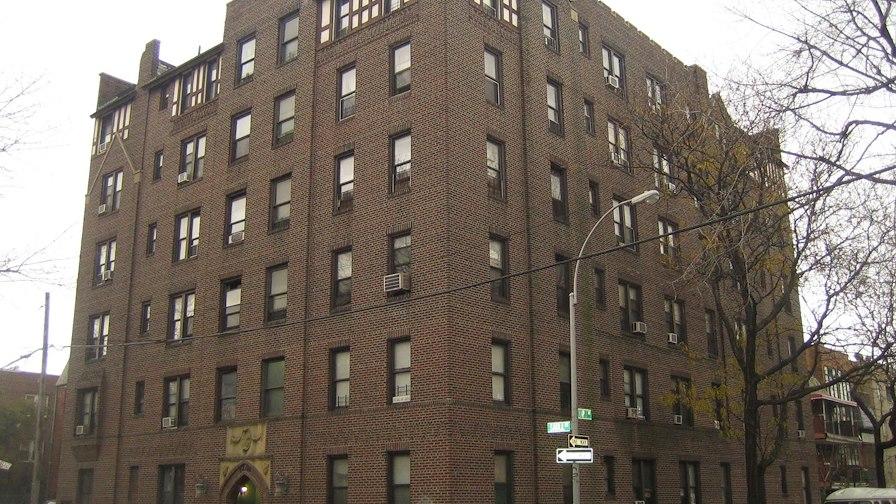 42-04 Saull Street