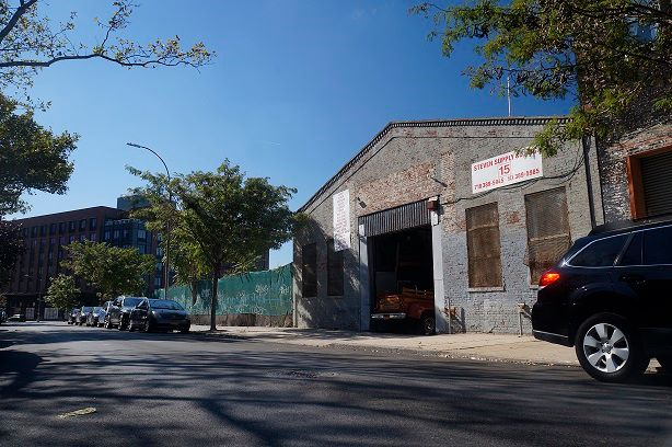 15-17 Clay Street