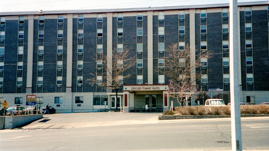Lincoln Towers Apartments
