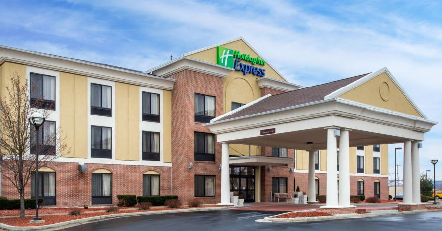 Holiday Inn Express & Suites Martinsville-Blooming