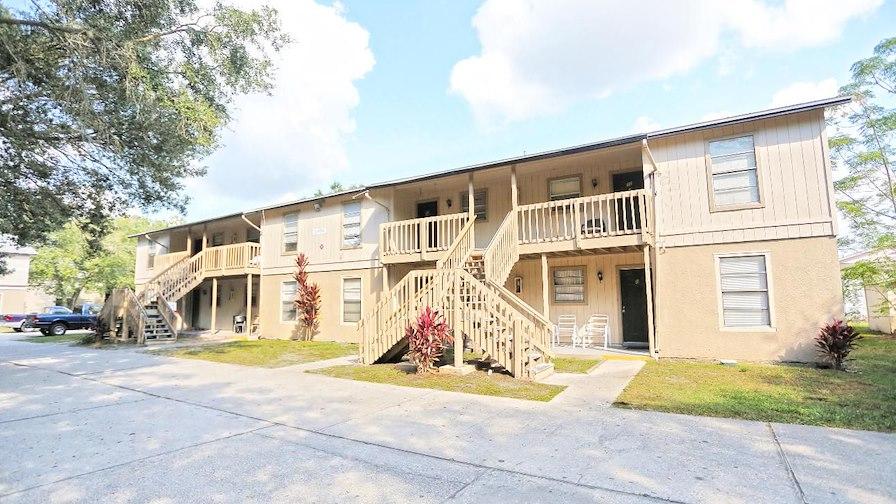Holly & Pleasant Oaks Apartments