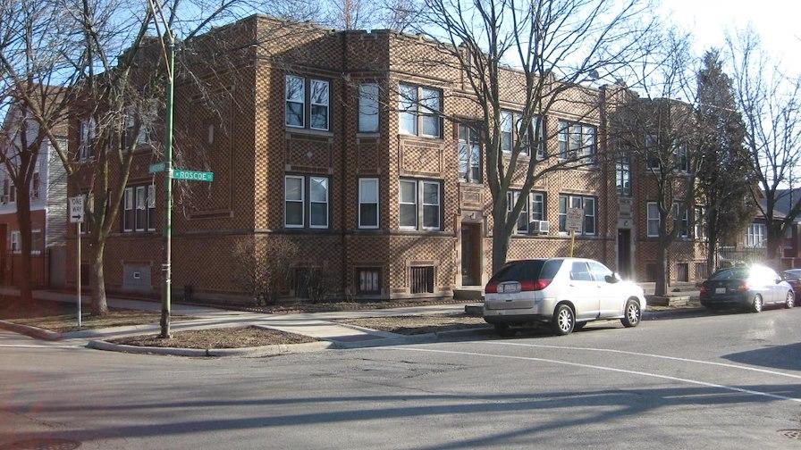 4952 West Roscoe Street