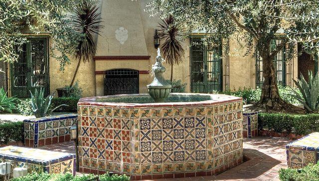 Casa Laguna