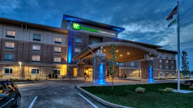 Holiday Inn Express & Suites Canonsburg