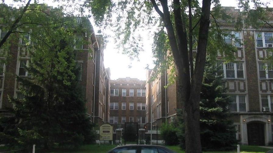 1357-67 W. Greenleaf Ave.