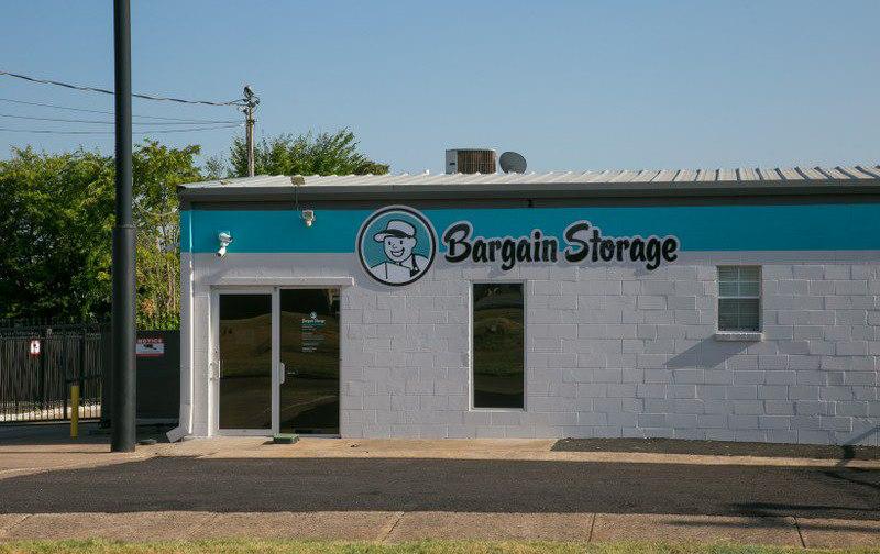 Oak Cliff Bargain Storage