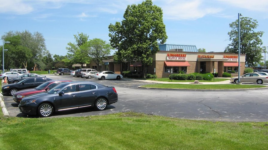 Flossmoor Commons Retail Center